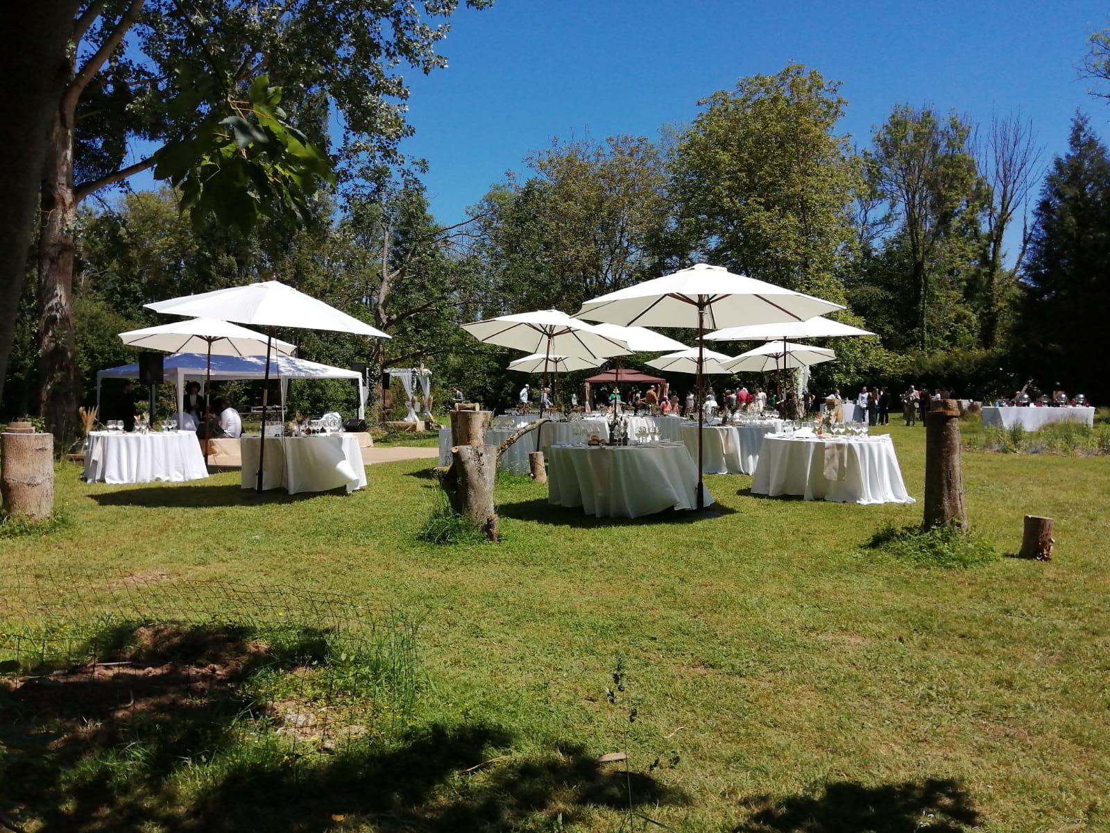 Aménagement du terrain - Mobilier mariage - C&D Events, wedding planner / organisatrice de mariage dans l'Oise